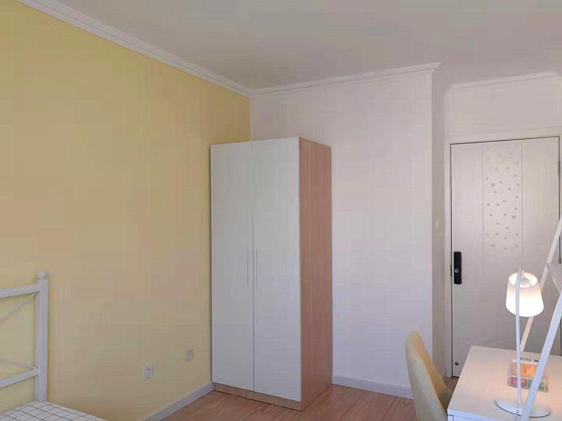 回龍觀北街家園七區合租房源臥室圖