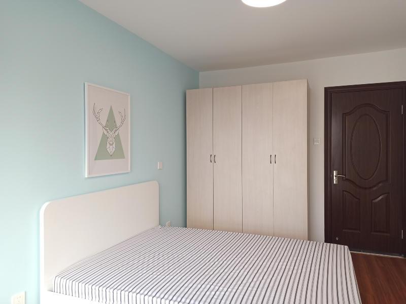 常营柏林爱乐三期整租房源卧室图