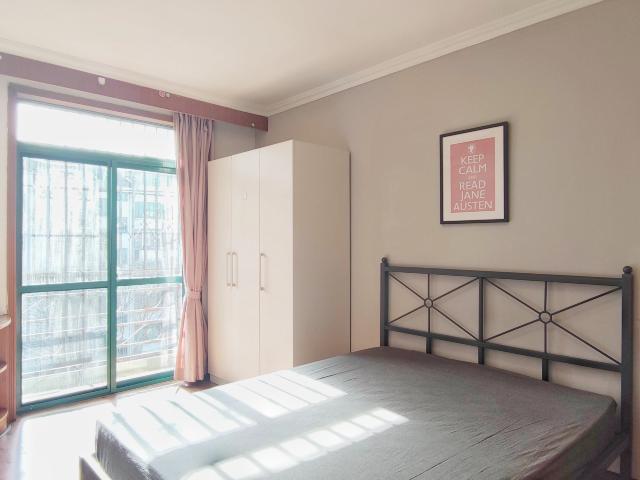 北京合租果园西小区2290租房户型实景图
